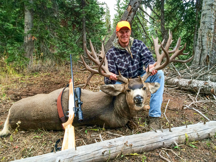 Brett Ross with his Colorado mule deer