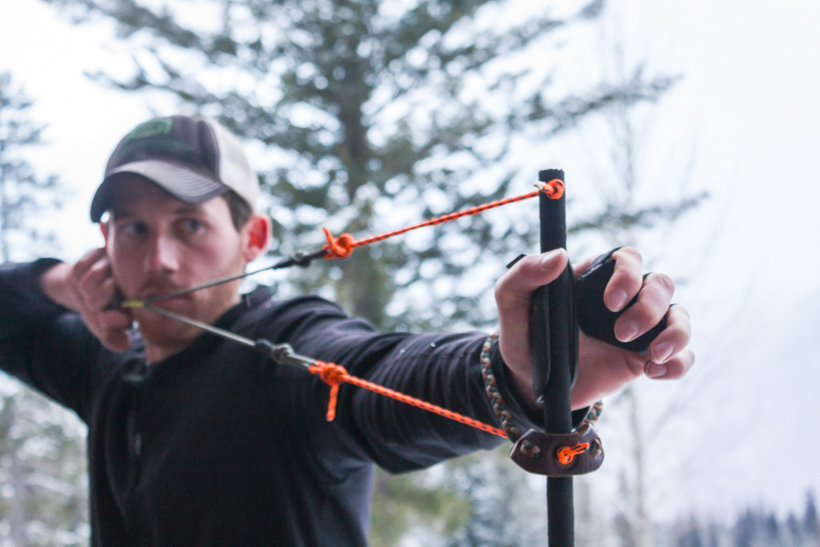 How to hold a bow   goHUNT