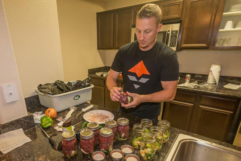 Sealing jars